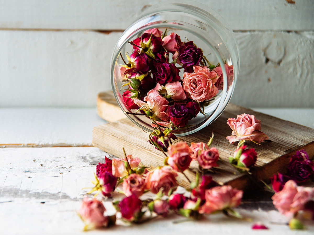 Fun Ways To Reuse Dried Flowers Wineandblooms Com